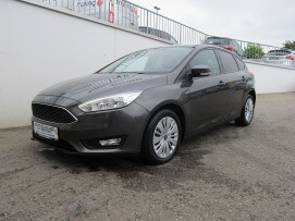 Ford Focus STYLE 1,5 TDCi (TOP AUSSTATTUNG) bei BM || Ford Danner PKW in